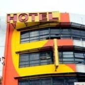 新威孚斯里哈達瑪斯酒店