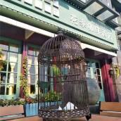 花季咖啡酒店(焦作太極體育館店)