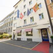桑內霍斯酒店