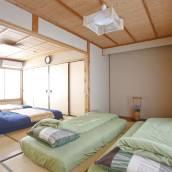 Private Residence Shijo Kara...