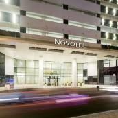 迪拜阿爾巴沙諾富特酒店