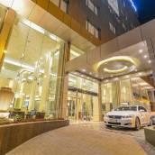 達曼濱海金色鬱金香酒店