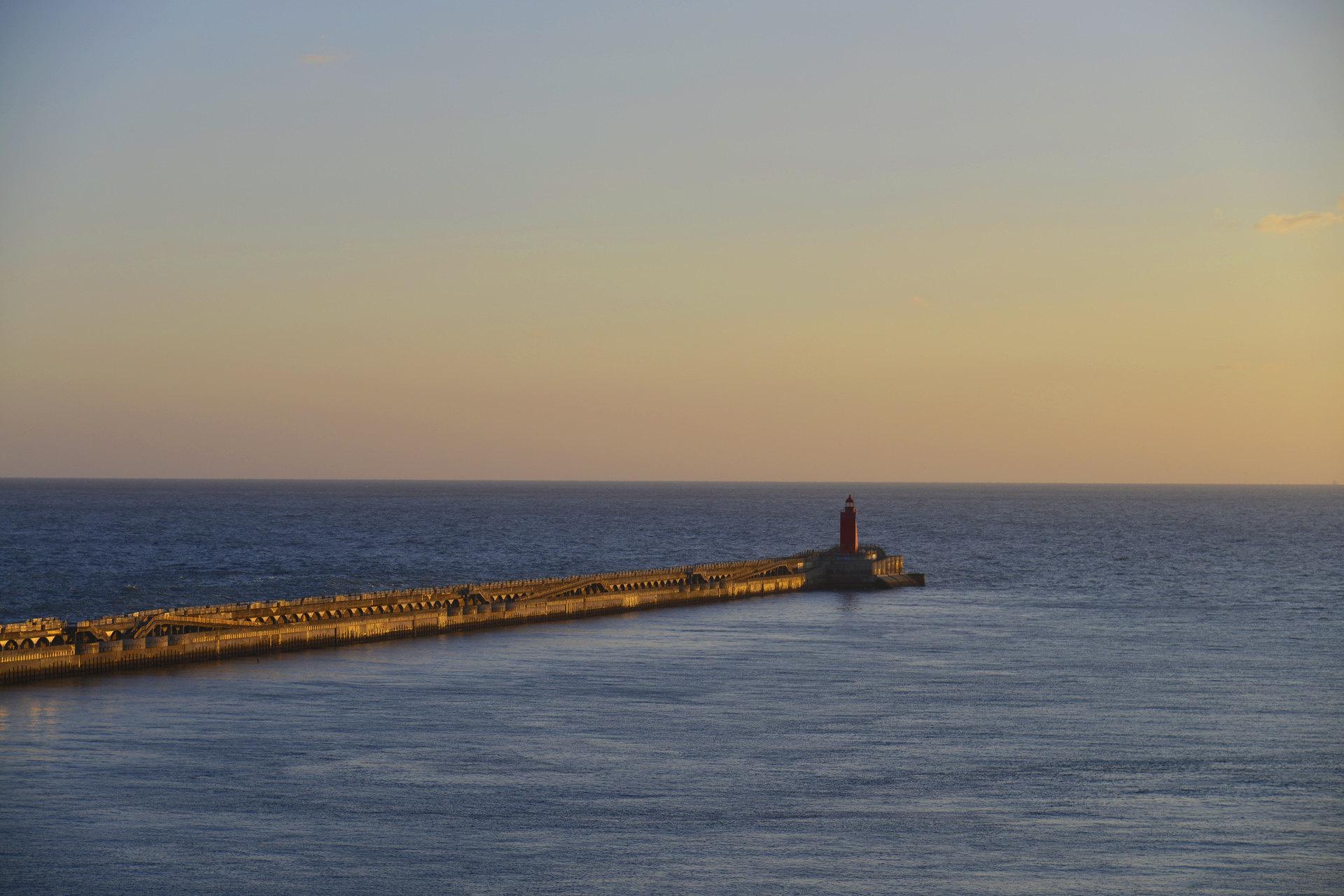 韩国济州岛4日3晚跟团游(4钻)·纯玩宿市区 牛岛潜水艇+水族馆+泰迪+凯蒂猫